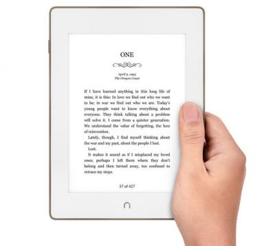 Barnes & Noble Nook GlowLight Plus photo