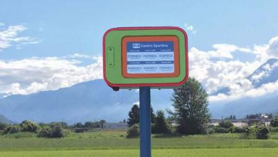 BePooler solar-powered E Ink car park sign photo