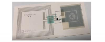 Printed paper label - with NFC antenna and a printed electrochromic display, Ynvisible